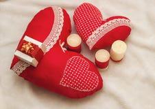 Met de hand gemaakte juwelen op de Dag van Valentine ` s Stock Foto