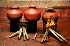Met de hand gemaakte klei oudste potten Royalty-vrije Stock Afbeeldingen