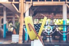 Met de hand gemaakte natuurlijke organische rotanhandtas Tropisch Eiland Bali Eco-zak concept Ecobags van Bali stock foto's