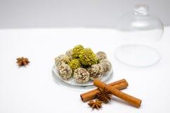 Met de hand gemaakte Natuurlijke snoepjes Stock Foto's