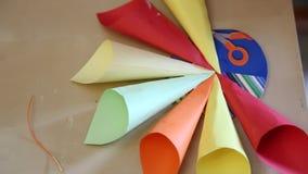 Met de hand gemaakte origami stock videobeelden