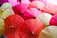Met de hand gemaakte paraplu in Thailand Royalty-vrije Stock Foto's