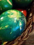 Met de hand gemaakte Pasen eggshand-gemaakt paaseieren royalty-vrije stock foto's