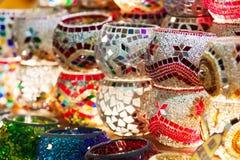 Met de hand gemaakte Turkse houders voor candels. Stock Foto's