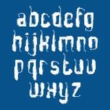 Met de hand geschreven graffiti vectorkleine letters op blauwe B Stock Afbeeldingen