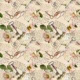 Met de hand geschreven nota's, wilde rozen, postzegels, waterverfveren, sleutels over document achtergrond Naadloos patroon, wijn stock afbeelding