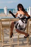 Met een wijnglas Stock Foto