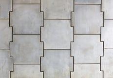 Met elkaar verbindende concrete muur Stock Afbeeldingen