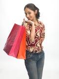 met en sac des achats de fille d'adolescent Photos stock
