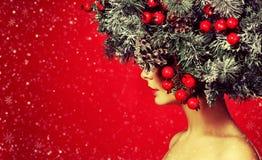 met en sac la femme de Santa images stock