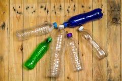 met le plastique en bouteille utilisé Images libres de droits