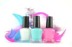 met le vernis à ongles coloré Photos libres de droits