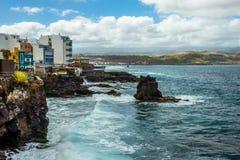 met nadruk op de Verrekijkers Canarische Eilanden stock afbeelding