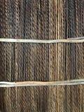 Met stro bedek dakachtergrond, hooi of de droge grasachtergrond, met stro bedekt daktextuur stock afbeeldingen