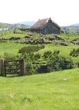 Met stro bedek plattelandshuisje, Eiland van Skye Stock Foto
