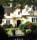 Met stro bedekte Engelse Plattelandshuisjes Royalty-vrije Stock Afbeeldingen