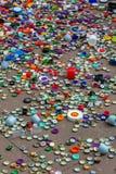 Metaal en plastic kappen Recycling, milieu, ecologie stock fotografie