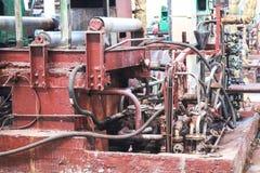 Metaal industrieel krachtig materiaal van de productieafdeling bij de machine-bouwende olieraffinage, chemische petrochemische st stock afbeelding