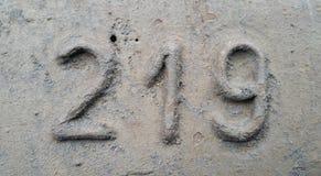 Metaal nummer 219 Textuur van roestig metaal in de vorm van cijfers 219 Stock Afbeeldingen