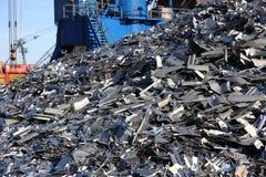 Metaal recyclingsberg stock foto's