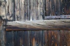 Metaaldelen op Houten Planken Royalty-vrije Stock Fotografie