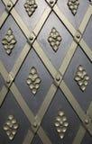 Metaaldeur en ornament Stock Afbeeldingen