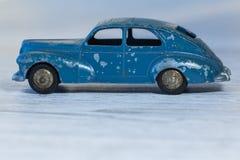 Metaalmodel van retro auto, voor inzameling en spelstuk speelgoed Stock Foto