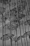 Metaalparaplu's in de lucht Royalty-vrije Stock Fotografie