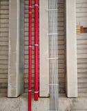 Metaalpijp op plafond van de bouw Stock Foto's