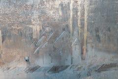 Metaaltextuur, aluminium, zilver krassen op de achtergrond van de aluminiumtextuur stock afbeeldingen