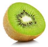 Metade do fruto de quivi no branco Fotos de Stock Royalty Free