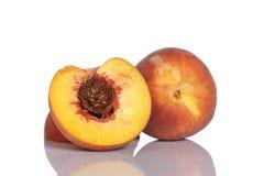Metade dois da fruta do pêssego Fotos de Stock