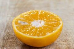 metade laranjas fotografia de stock royalty free