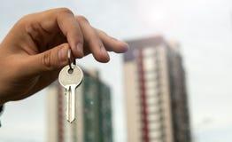 Metafora dei servizi immobili in alloggi nuovi Immagini Stock