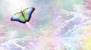 Metaforische vlinder in de Lichte vertrekkende ziel royalty-vrije illustratie