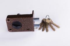 Metal аксессуары для дверей на белой предпосылке Стоковое Фото