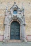 metal входная дверь к старой христианской церков Стоковое Изображение