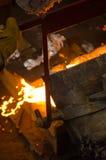 metal жидкий лить Стоковые Фотографии RF