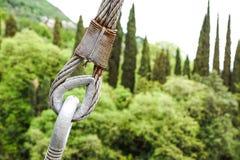 Metal закрепление тандеров кабелей с стальной штангой Стоковое Фото
