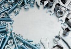 Metal инструменты и элементы отладки на поцарапанное Стоковые Изображения RF