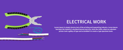 Metal плоскогубцы с запутанным кабелем голубого красного цвета электрическим Стоковая Фотография