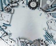 Metal рамка и много инструментов деятельности на Стоковое Изображение RF