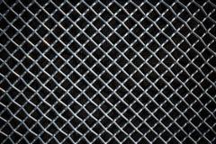 Metal решетка сетки или алюминия на черной предпосылке Стоковые Изображения RF