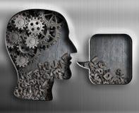 Metal a cabeça com engrenagens do cérebro e bolha do discurso Imagem de Stock