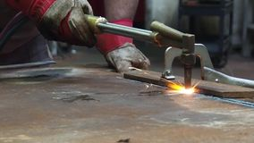 Metal cutting autogen. Welder for work