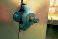 Metal drymby z therm odosobnieniem, flansze z ryglami i dokrętka, Flanged drymby Fotografia Stock