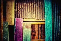 Metal e madeira oxidados da cor para o fundo Imagem de Stock Royalty Free