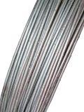 Metal el bulto del cable, gotas del agua, construcción, fotos de archivo libres de regalías