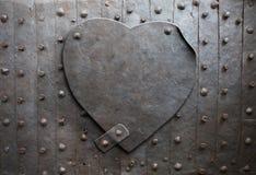 Metal el corazón Imágenes de archivo libres de regalías