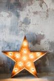 Metal gwiazda z lampami zdjęcie stock